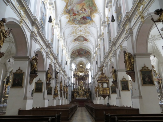 Peterskirche - Interior