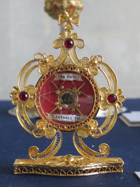 Relic of Saint Antoni Padewski, silver and gold plate, Archdiocesan Museum, Krakow, Poland