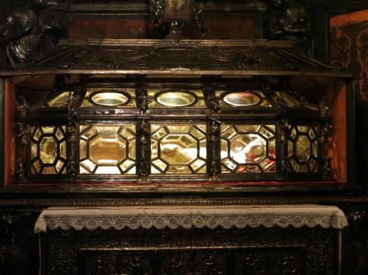 Relics of Saint Charles Borromeo, Milan Cathedral