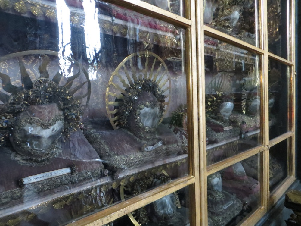 Waldauf Chapel, Pfarrkirche Sankt Nikolaus, Hall in Tirol, Austria. These skulls formed part of the collection of Florian Waldauf. Waldauf donated his collection to the church in 1501.